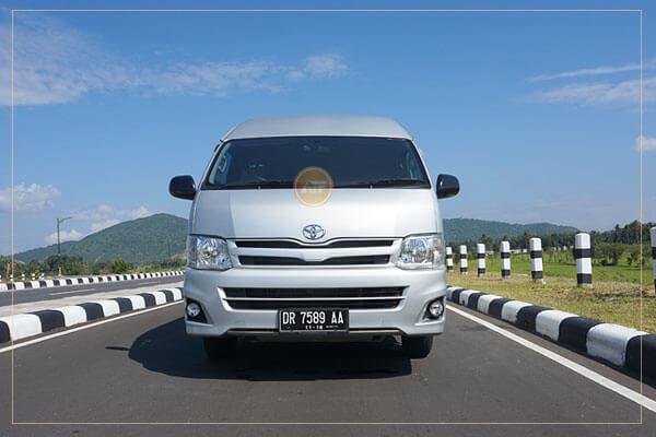 sewa minibus lombok
